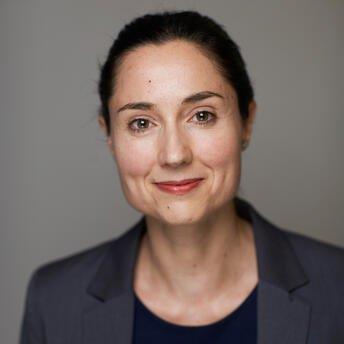 Tulia Machado-Helland, senior bærekraftsanalytiker i Storebrand.