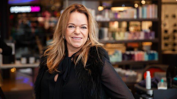 Kristin Blytt Davidsen, daglig leder i frisørkjeden Ramsvik og Ramm.