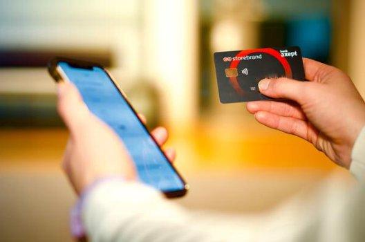 kredittkort og mobiltelefon