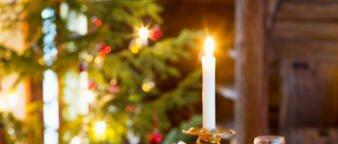 Illustrasjonsfoto: jul med levende lys
