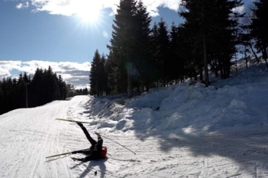 Person har falt på ski
